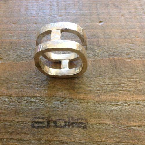 Anello double square della linea Hand Made by Etoile Gioielli in vendita sul nostro store online