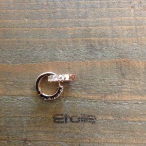 Orecchini ad anella in oro rosa con zirconi in vendita sullo store Etoile Gioielli